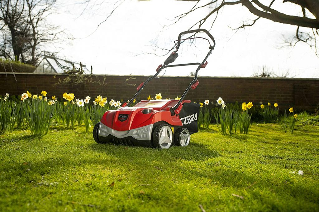 Cobra S3840V Cordless Battery Scarifier & Aerator UK